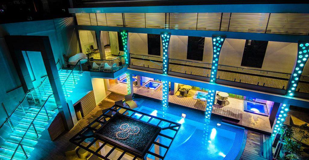 エロイーサロイヤルスイーツ、セブ島のコスパの良いホテル
