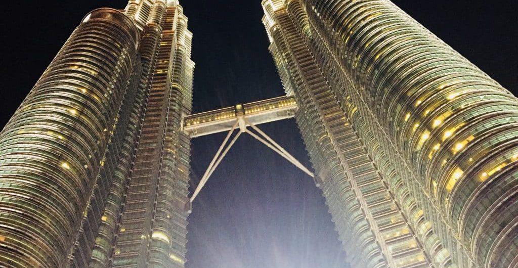 マレーシア・クアラルンプール/ペトロナスツインタワー